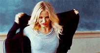 Hungover Cameron Diaz moving picture