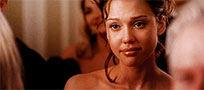 Jessica Alba cries moving picture